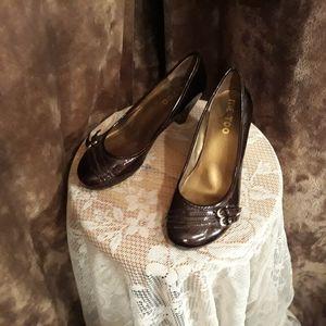 Patent deep bronze wedge heels